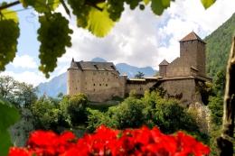Bild-Schloss-Tirol-Panorama